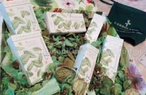 kit-di-prodotti-LErbolario-Frescaessenza-ricevuto